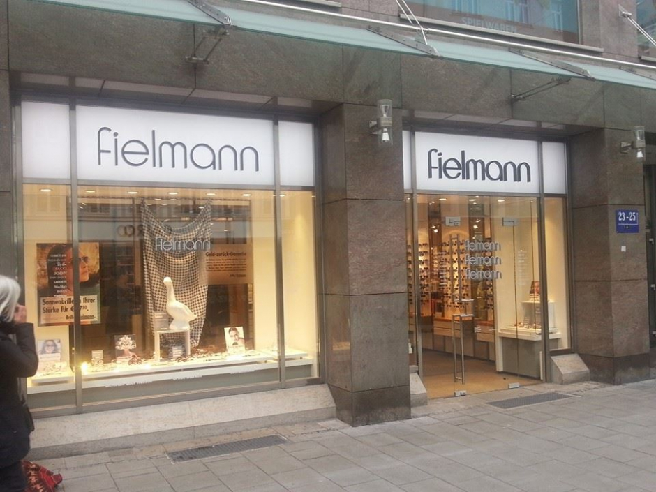 The Amazing Fielmann Experience: Eye Test, Frames and Lenses in Downtown Munich for 15 Euro