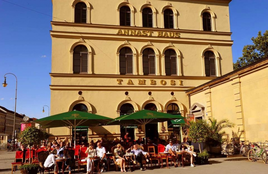 Cafe Tambosi at the Odeonsplatz/Hofgarten to Close