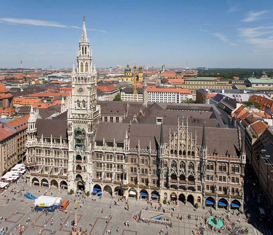 The Squares of Munich: Marienplatz