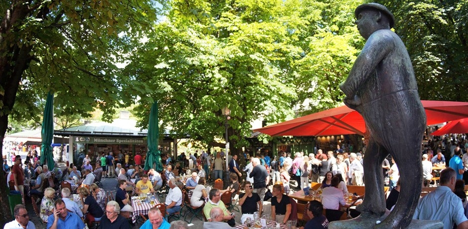 Munich's Beer Gardens: Beer Garden at the Viktualienmarkt