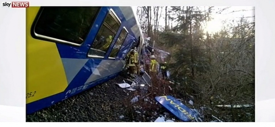Train Crash in Bavaria: 4 Dead over 100 Injured